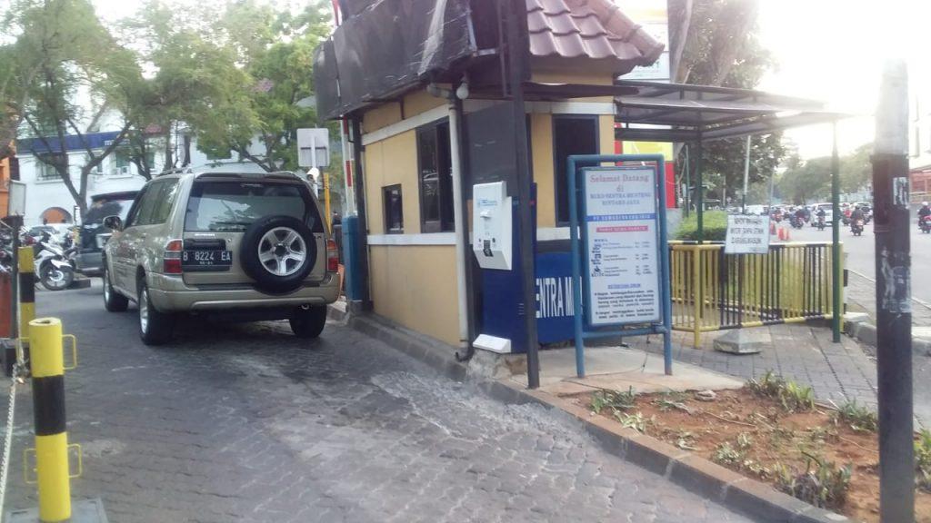 Harga barrier gate murah di Tangerang.